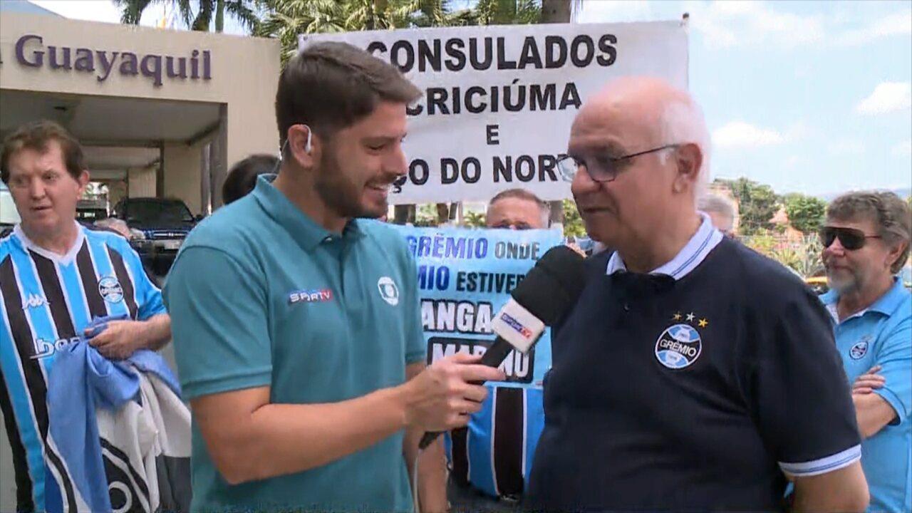 Presidente do Grêmio apoia construção de estátua em homenagem a Renato