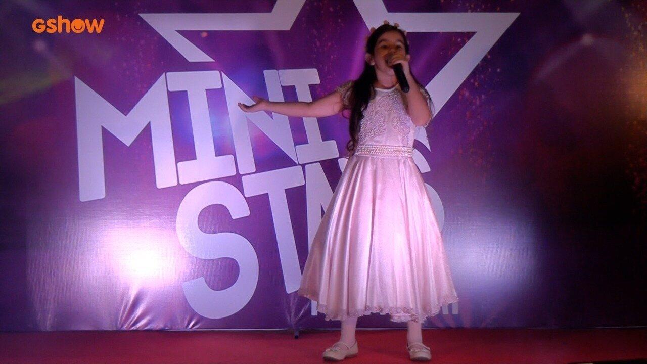 Apresentação de Maria Luiza na final do Mini Stars