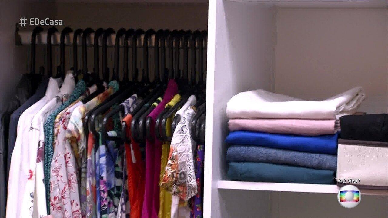 0f6b307b5 Especialista em organização ensina a ganhar espaço no armário (28 10 2017)