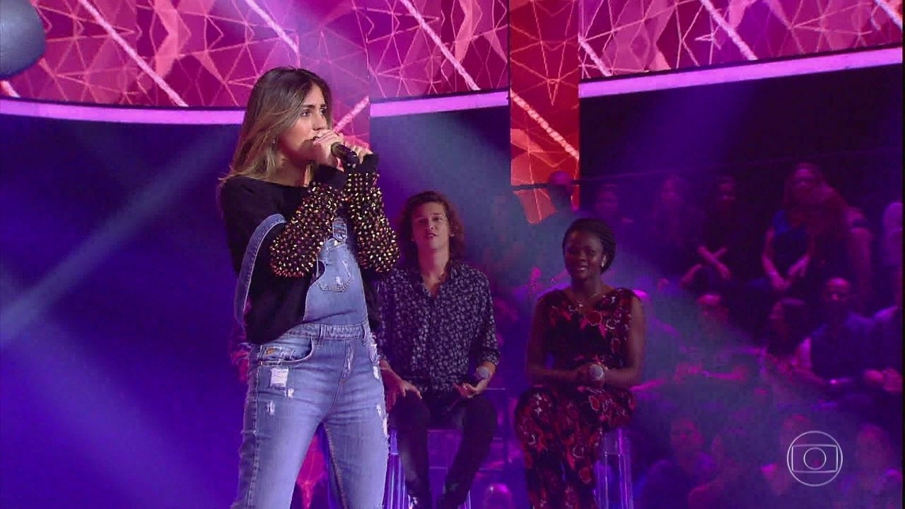 Anna Julia cantou 'Ritmo Perfeito'
