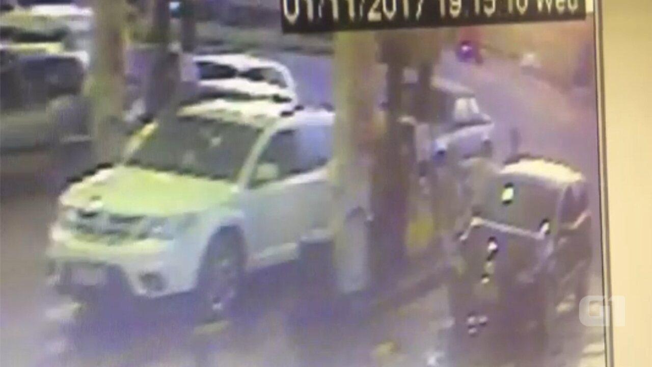 Câmera flagra jovem em posto minutos antes de ser morta por homem