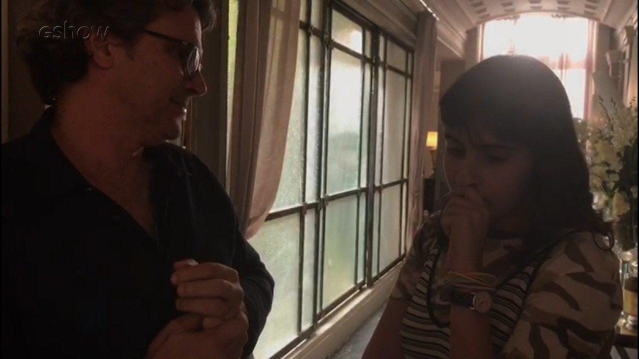 Luiz Henrique Rios bateu um papo com Valentina Herszage sobre experiência de gravar cena de amor em 'Pega Pega'