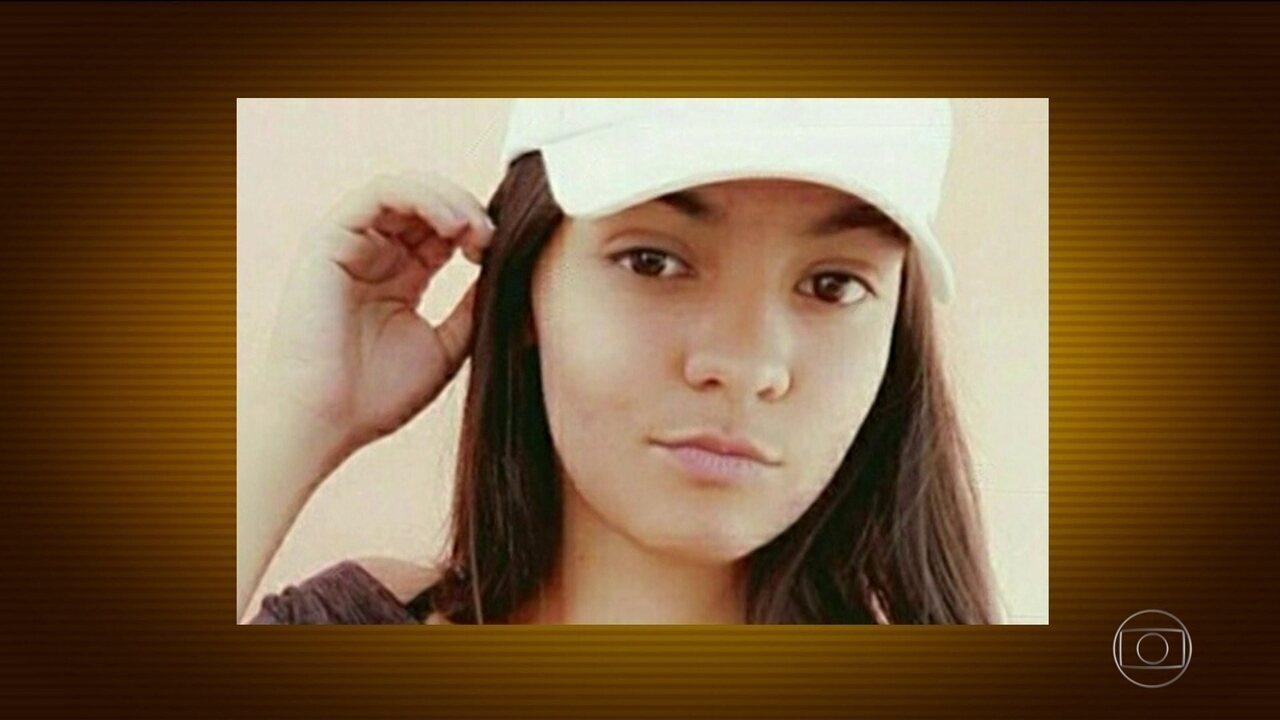 Rapaz de 19 anos mata a tiros menina de 16 após invadir escola