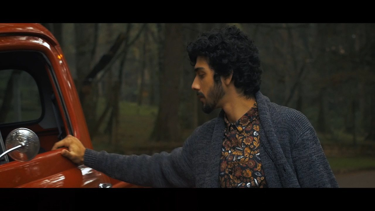 Confira o clipe da música 'Planos de Futuro', de ZéVitor