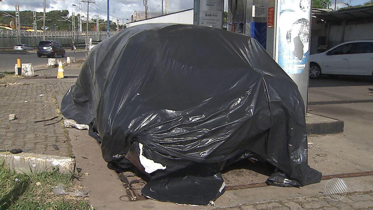Susto: carro explode enquanto abastecia com gás natural, em Salvador