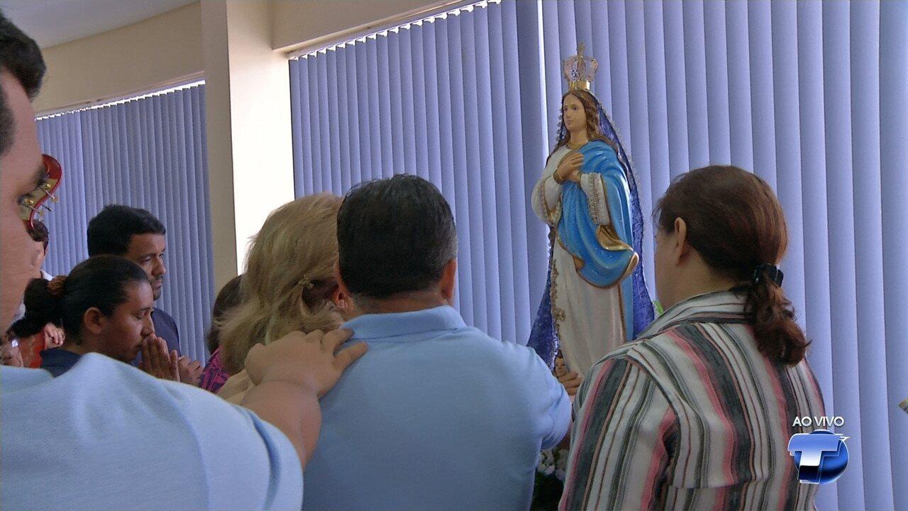 Rádio e TV Tapajós recebe visita da imagem peregrina de N. Senhora da Conceição