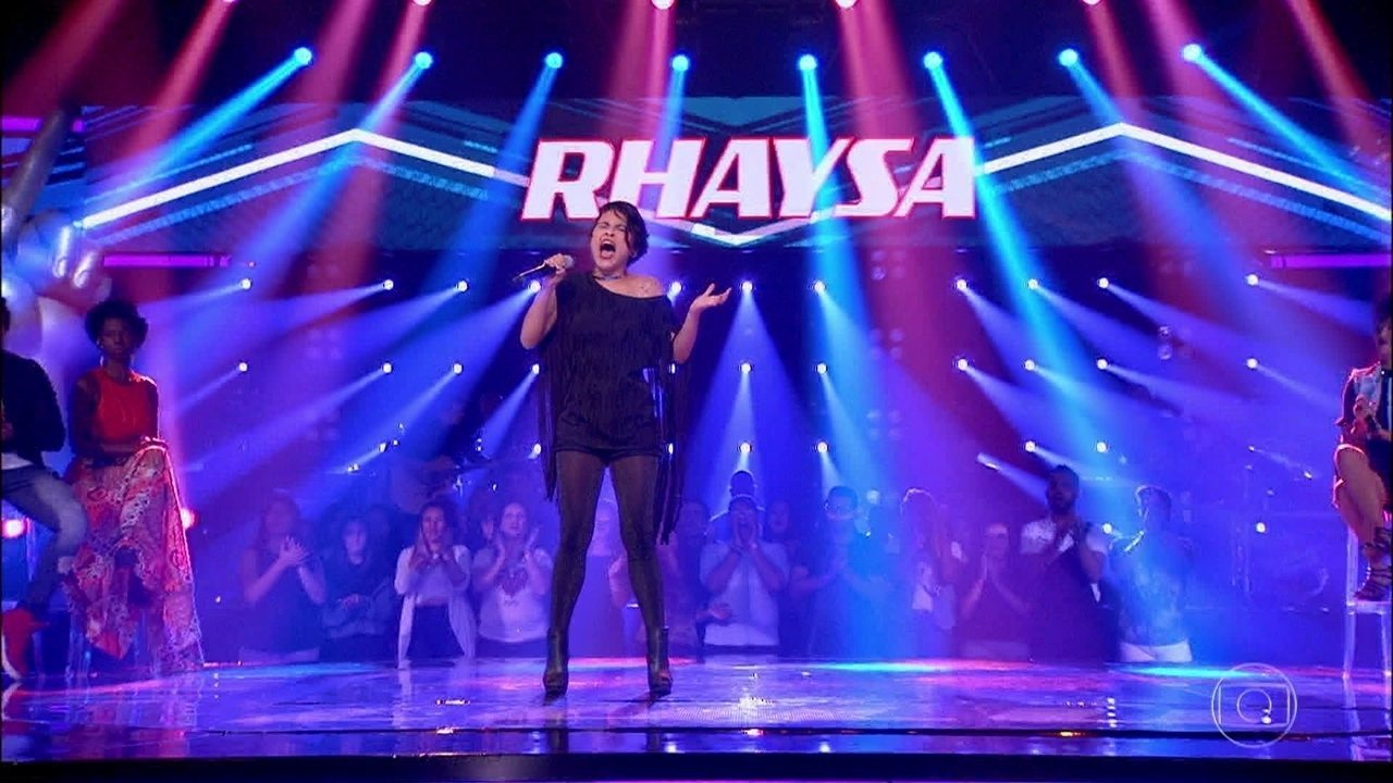 Rhaysa cantou 'Axé Acappella'