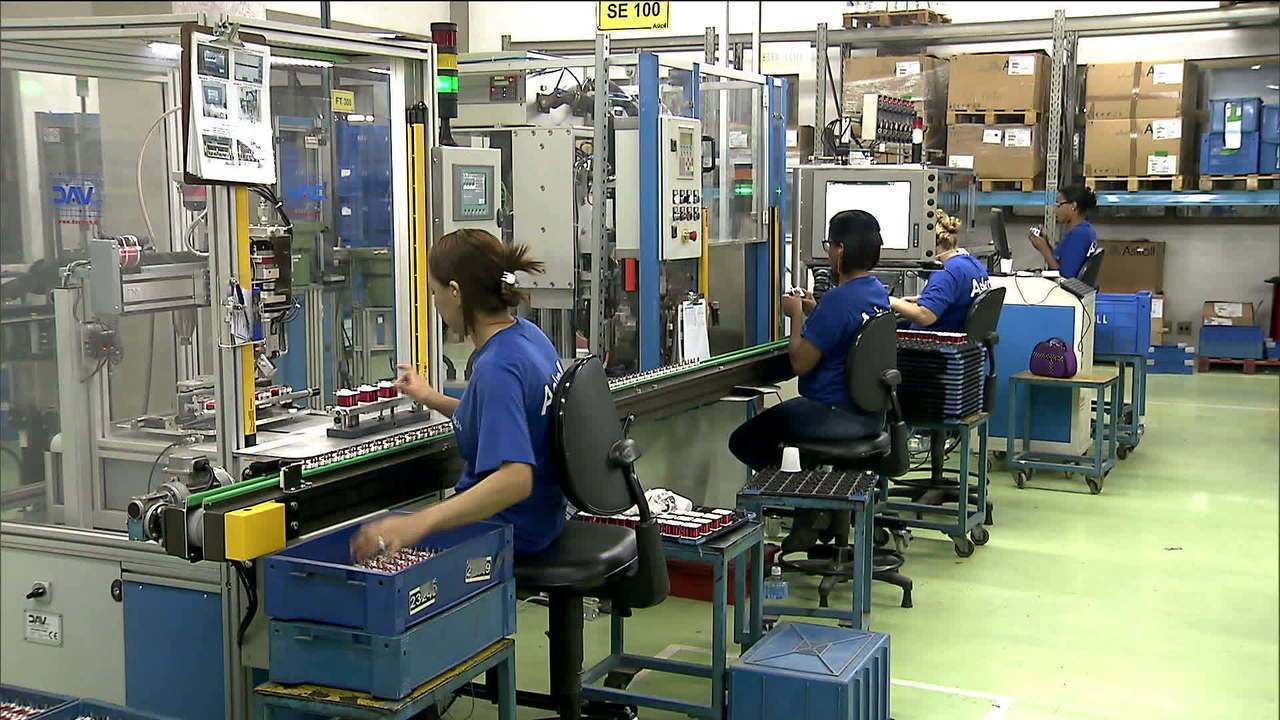 Michel Temer publica vídeo nas redes sociais comentando as mudanças na lei trabalhista