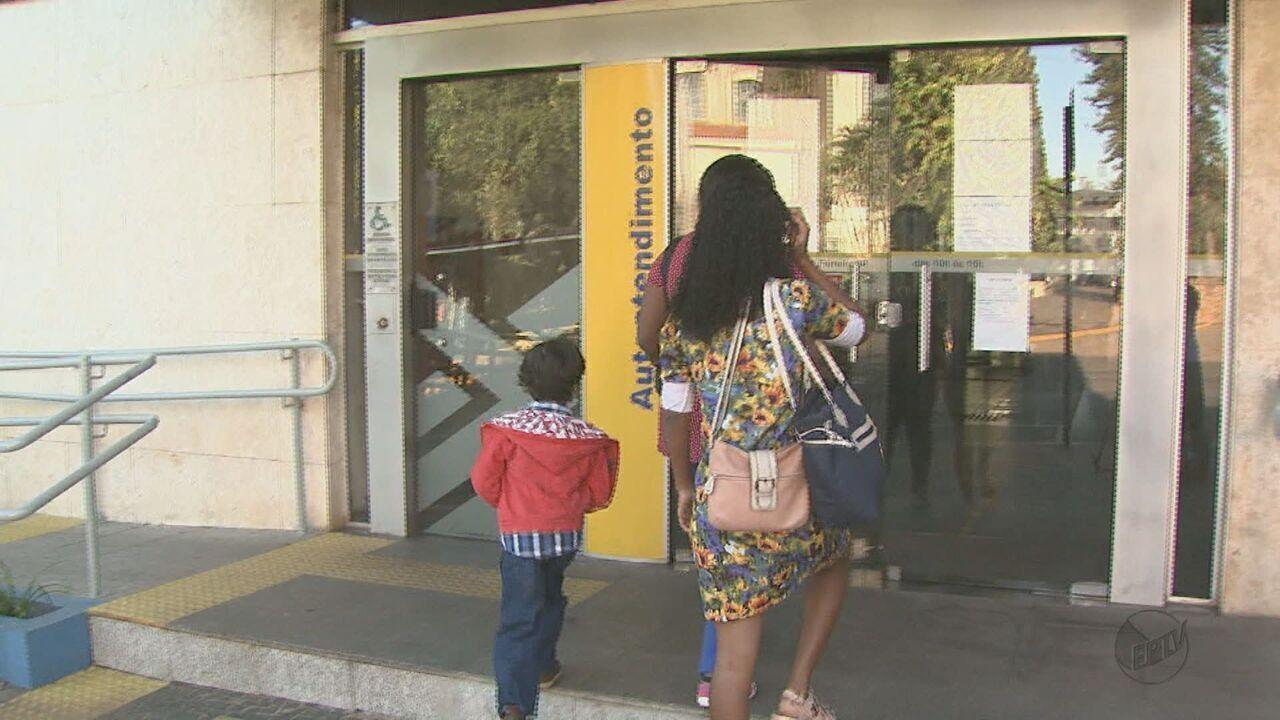 Moradores reclamam de agência bancária fechada há dois meses em Porto Ferreira, SP