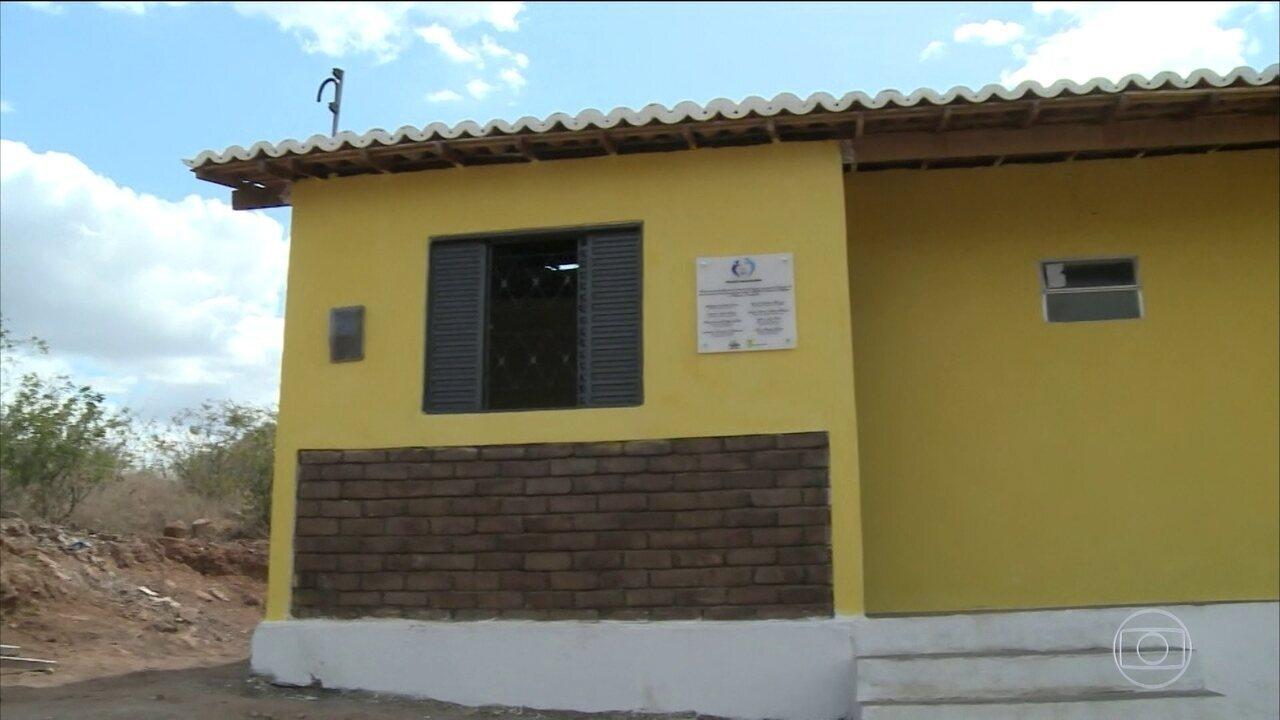 Primeira casa feita com tijolos ecol gicos entregue em - Adsl para casa barato ...