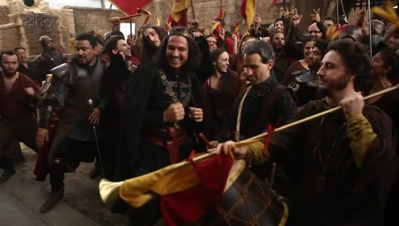 Romulo Estrela e Johnny Massaro colocam a galera para ir até o chão sob o comando do diretor Fabrício Mamberti