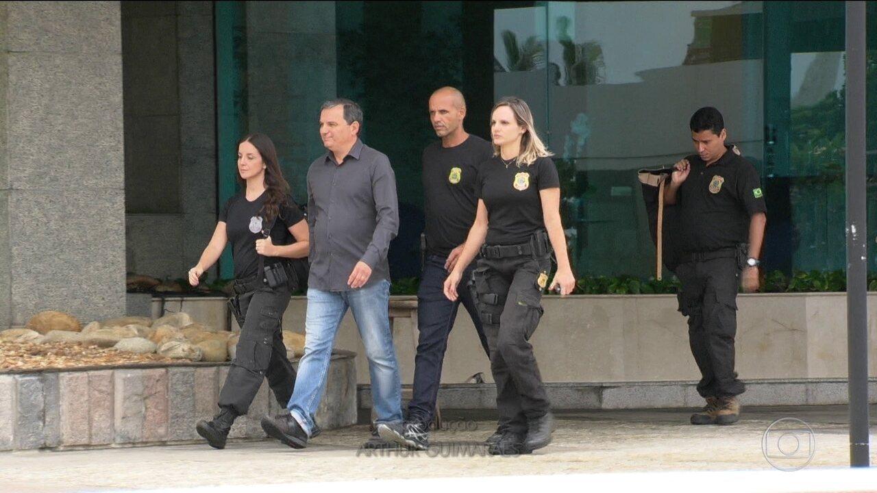 PF prende no Rio Regis Fichtner, homem de confiança de Cabral