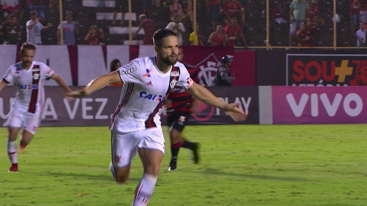 Gol do Flamengo! Diego bate penalidade e vira o jogo, aos 50 do 2º
