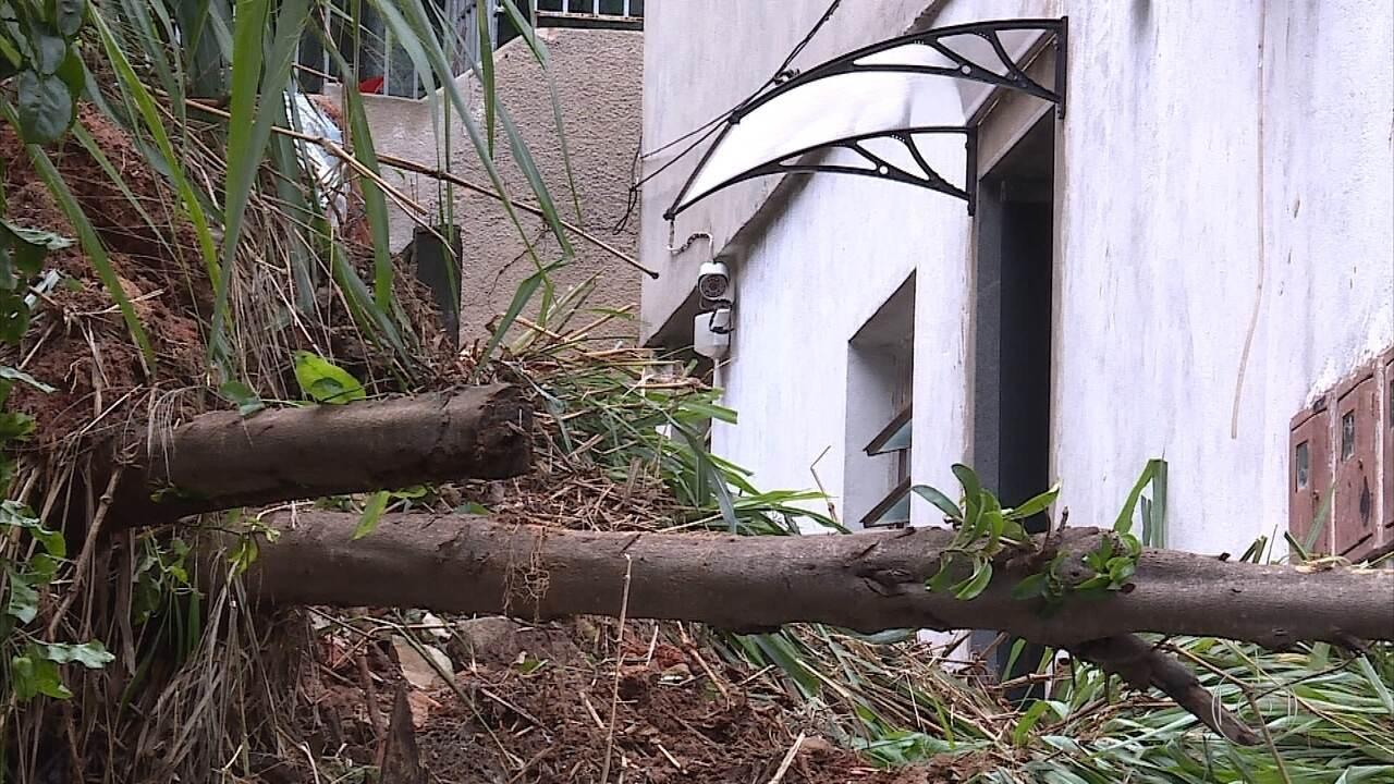 Belo Horizonte registra deslizamentos de terra após chuva forte