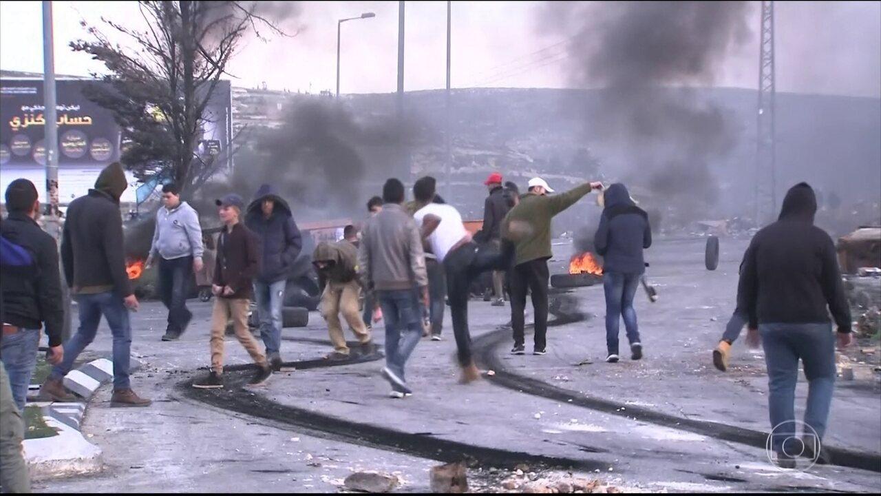 Anúncio de Trump causa protestos e chefe do Hamas convoca intifada contra Israel