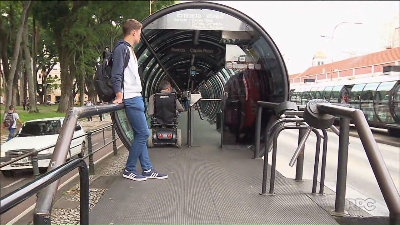 Prefeitura quer limitar número de passagens gratuitas de ônibus