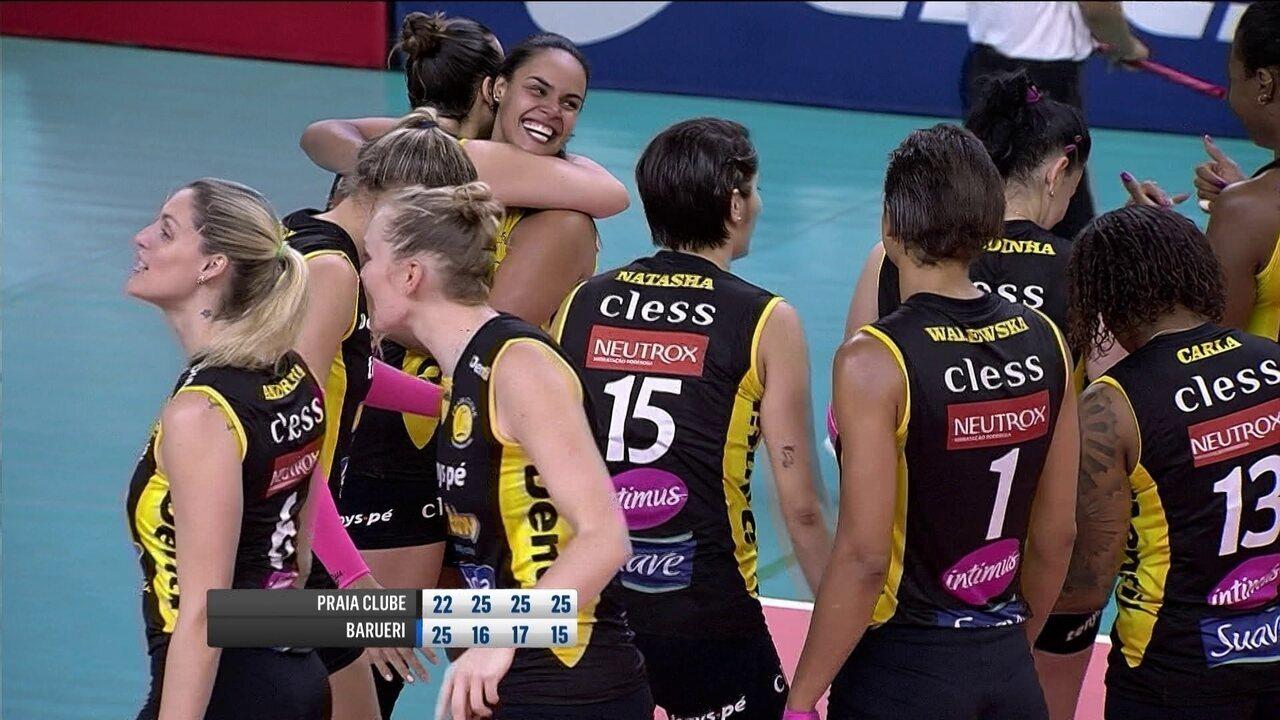 Confira os melhores momentos da vitória do Praia Clube sobre o Barueri pela  Superliga Feminina aea238187a44c