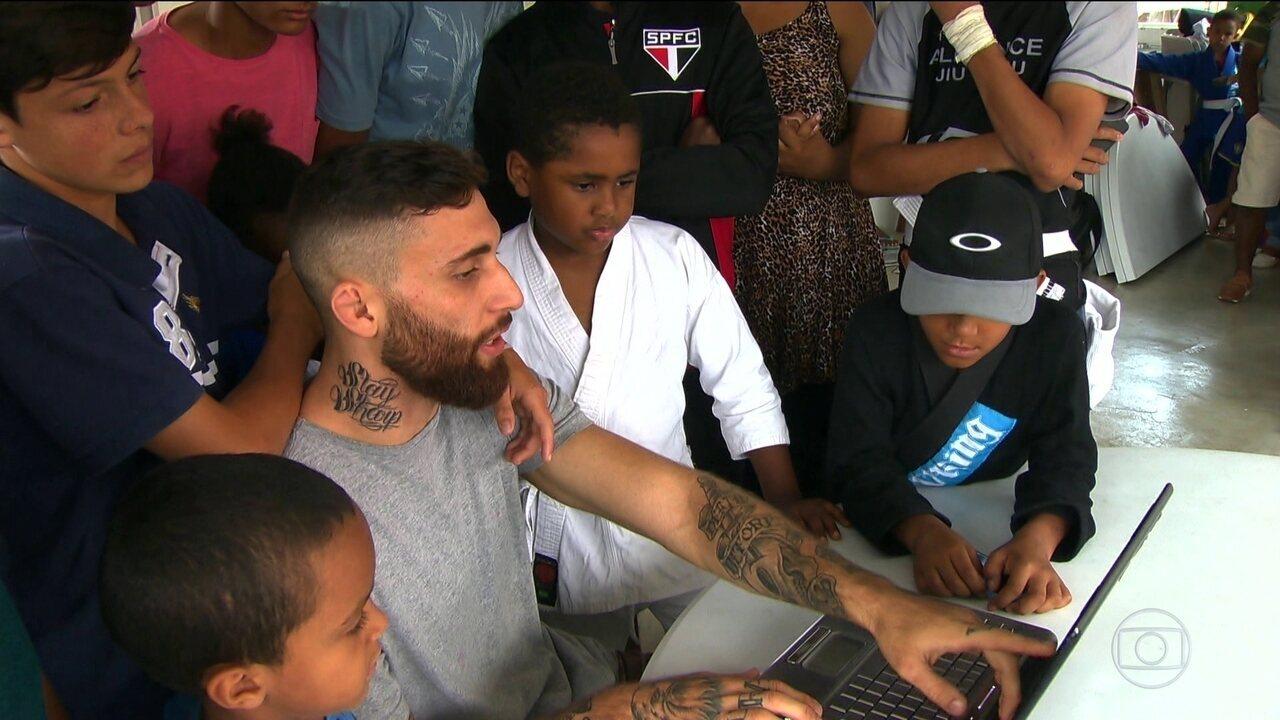 Projeto busca trabalhar o uso de internet pelos jovens