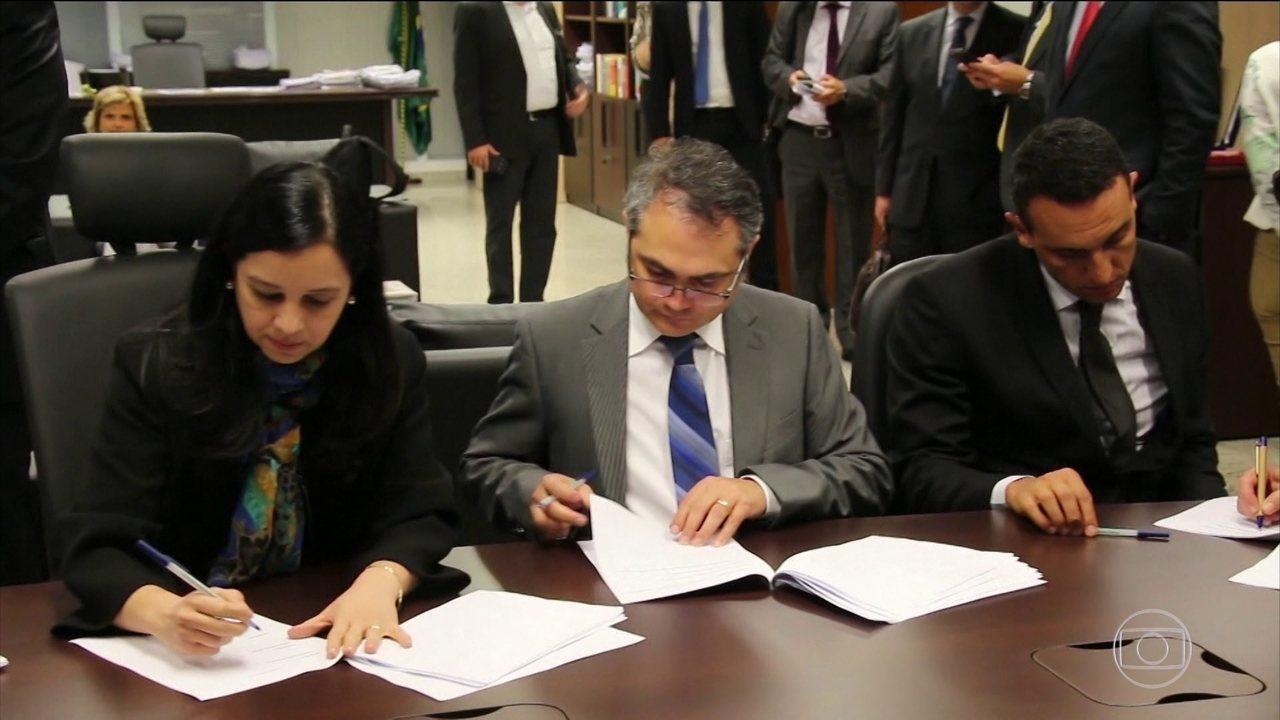 Assinado acordo para poupadores que perderam com planos econômicos