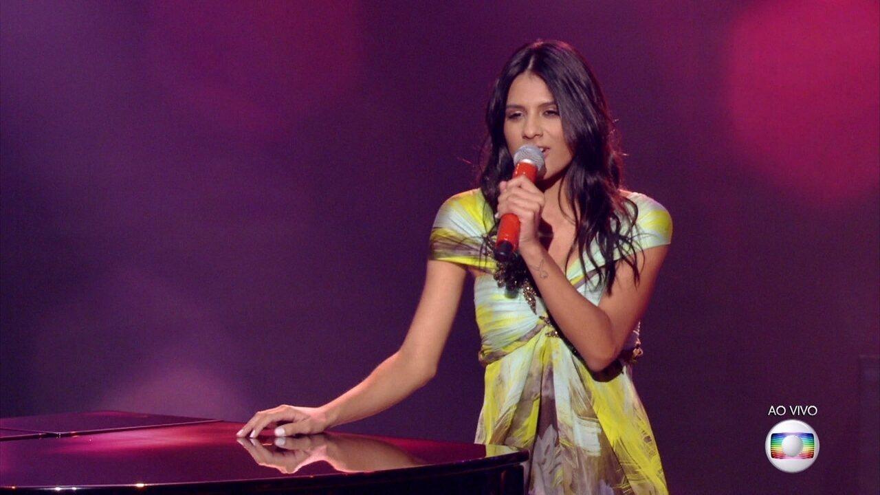 Mariana Coelho cantou 'Garota de Ipanema'