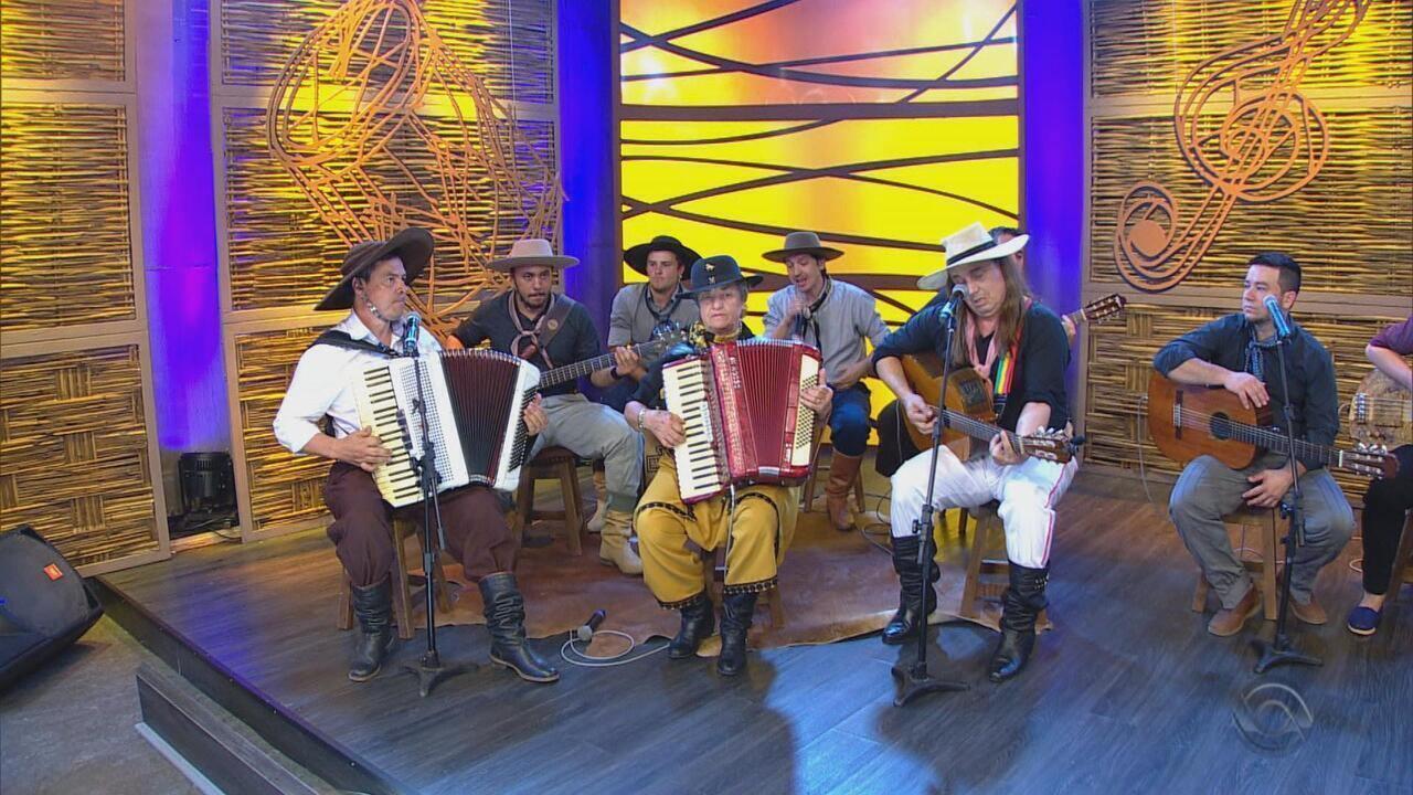 Marcio Padula canta 'A Deusa de Barro' no 'Galpão Crioulo' (bloco 3)