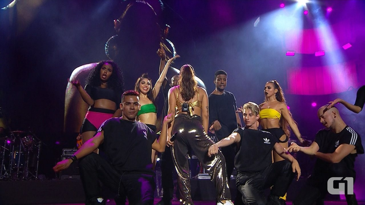 Festival de Verão: confira os melhores momentos do show de Anitta