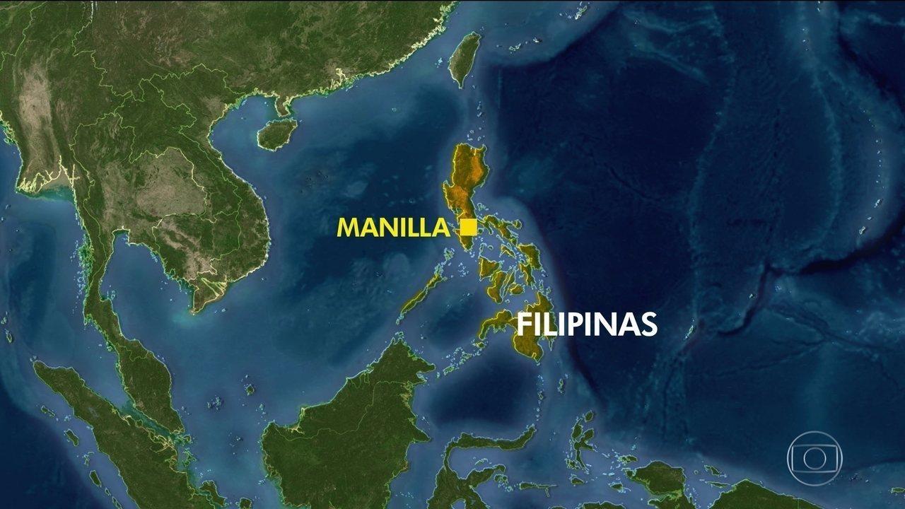 Ferry naufraga nas Filipinas com 251 pessoas a bordo