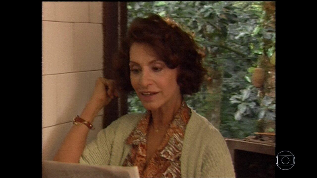 Morre a atriz Aracy Cardoso, aos 86 anos, no Rio