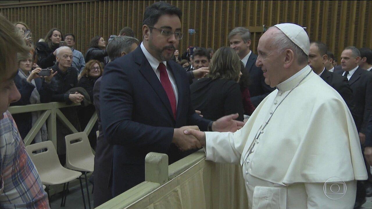 Juiz Bretas pede ao Papa que continue a se manifestar contra a corrupção