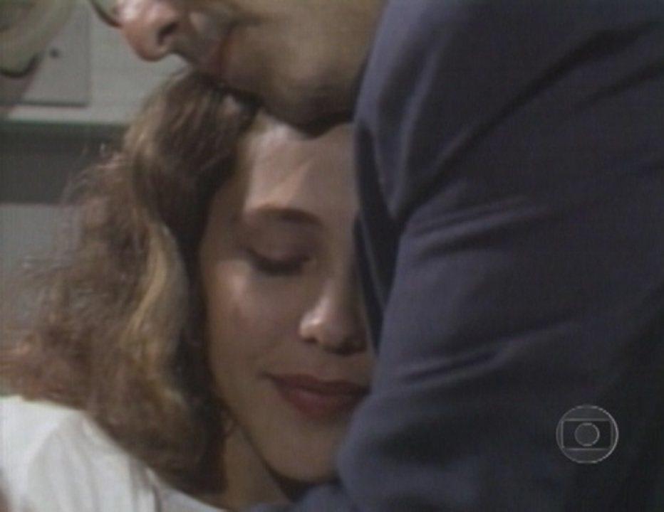 'Bebê a Bordo': Ana diz para Tonico ficar com Soninha