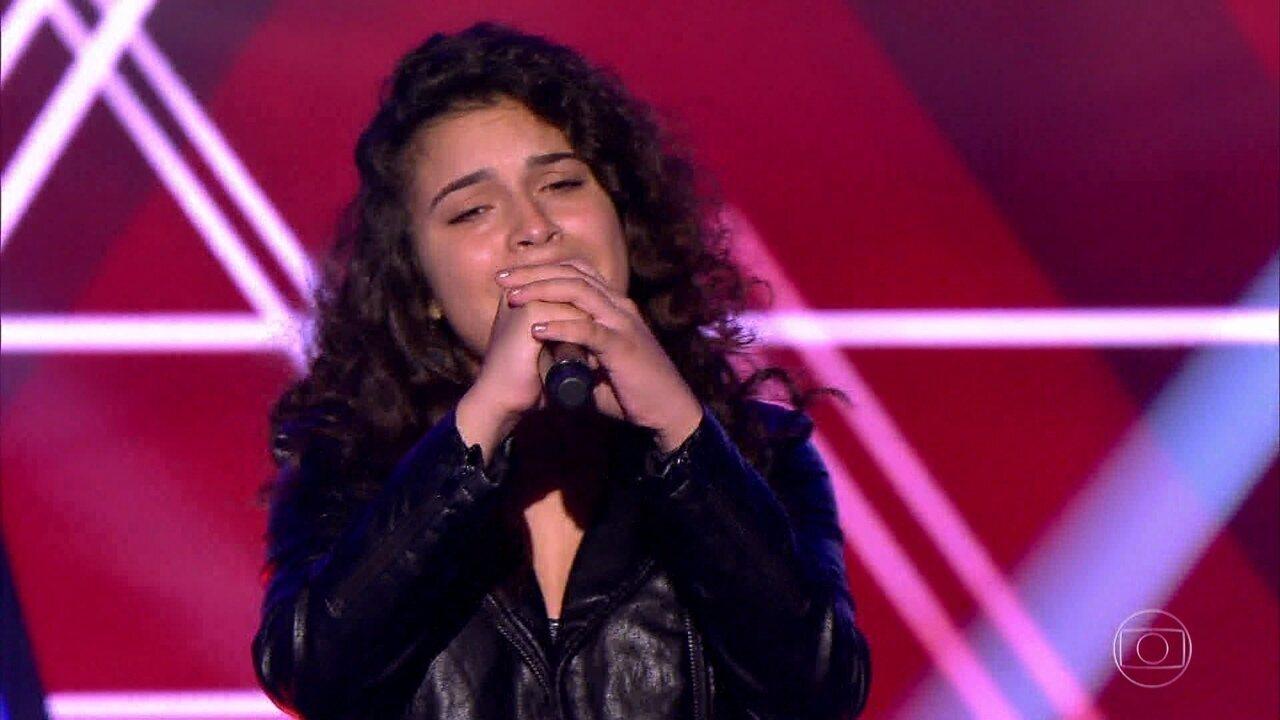 Lúcia Muniz canta 'Moving On' nas audições às cegas