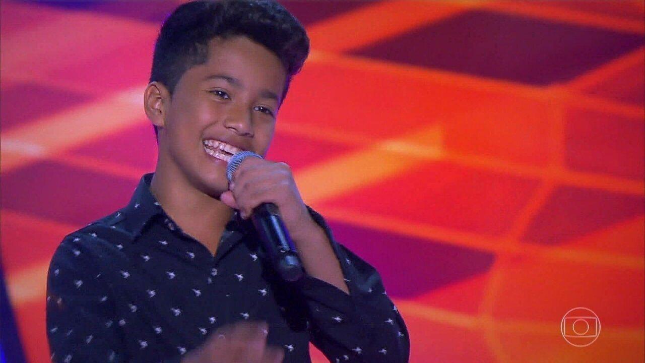 Augusto Michel canta 'Estrada da Vida' e encantam Simone e Simaria