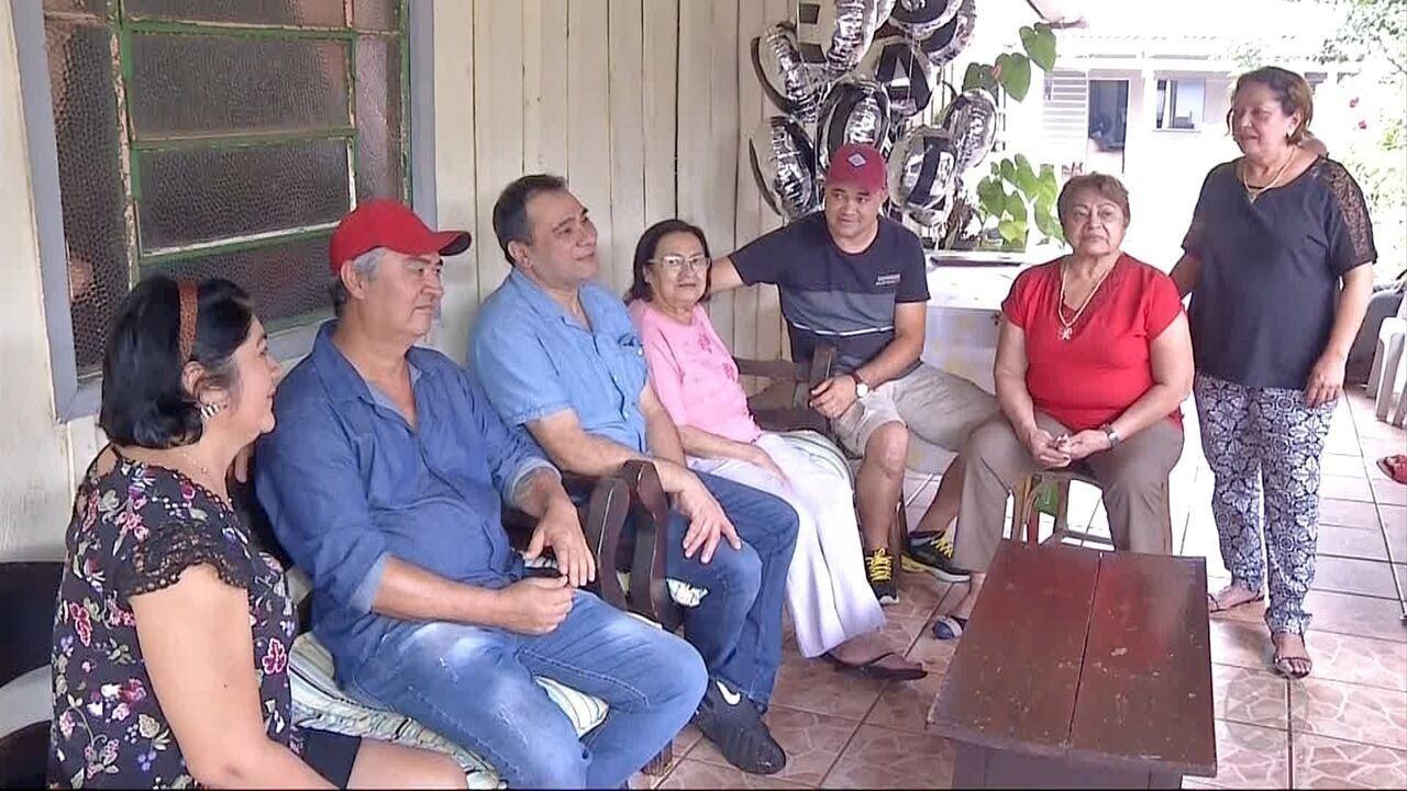 Libanês reencontra família brasileira depois de 40 anos afastado por pai após divórcio