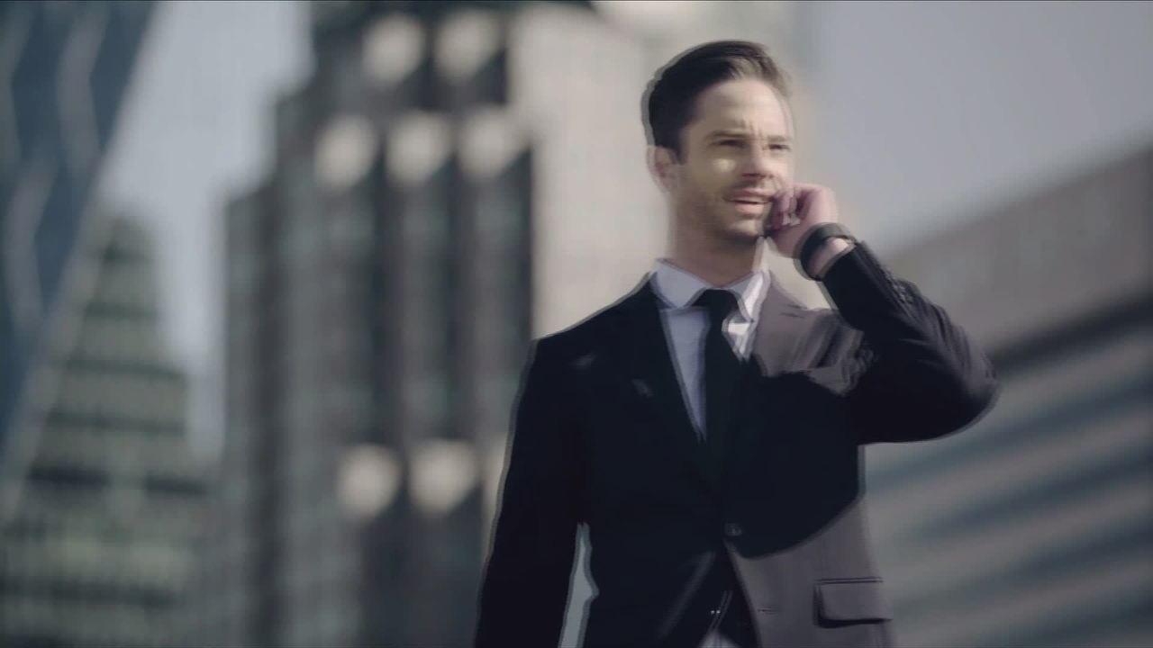 Feira em Las Vegas apresenta telefone para atender ligações com a ponta do dedo