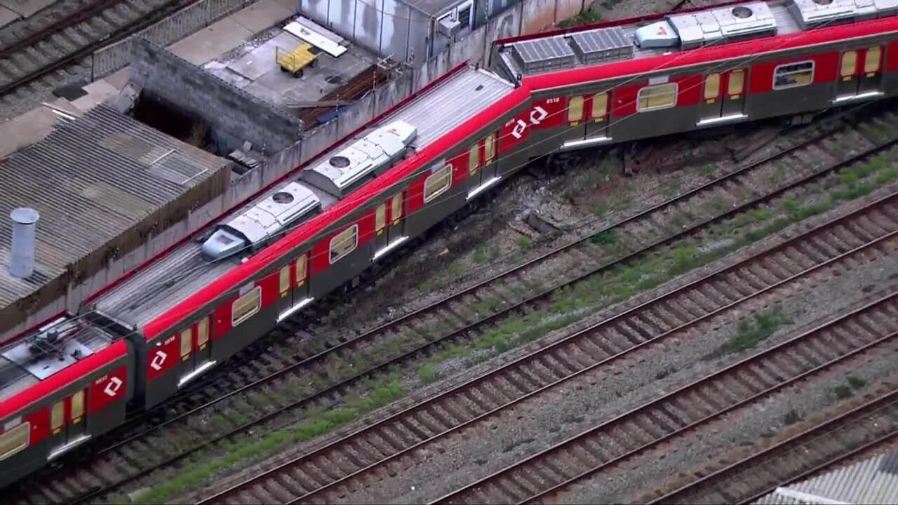 Trem da CPTM descarrila próximo à Estação Belém