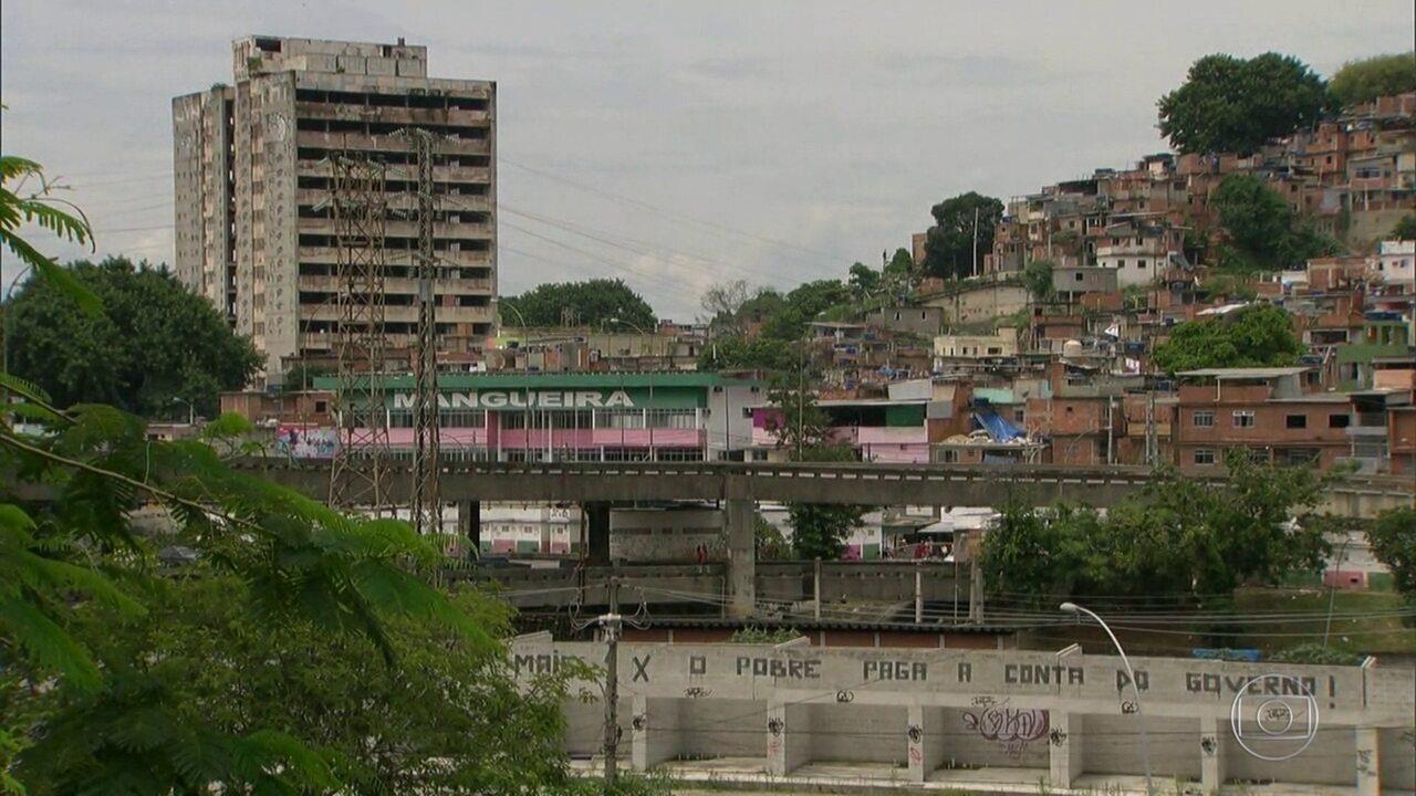 Polícia faz operação na Mangueira