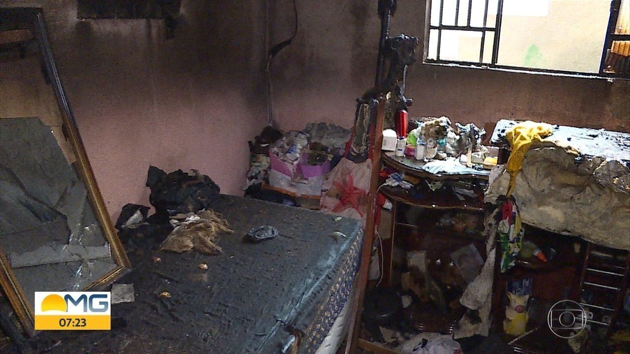 Idosa de 88 anos é resgatada em BH durante incêndio em casa