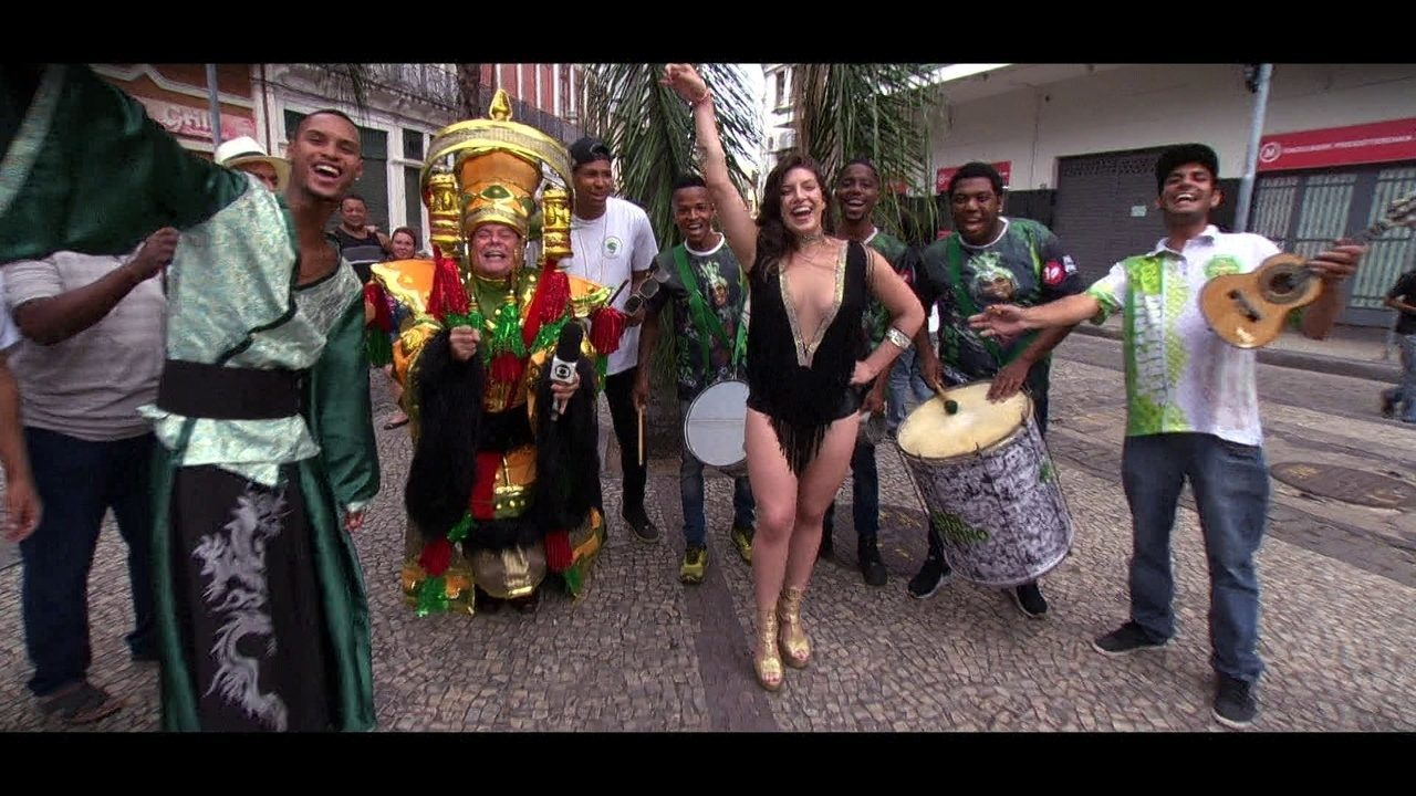 Enredo e Samba: Império Serrano traz a cultura da China para a avenida