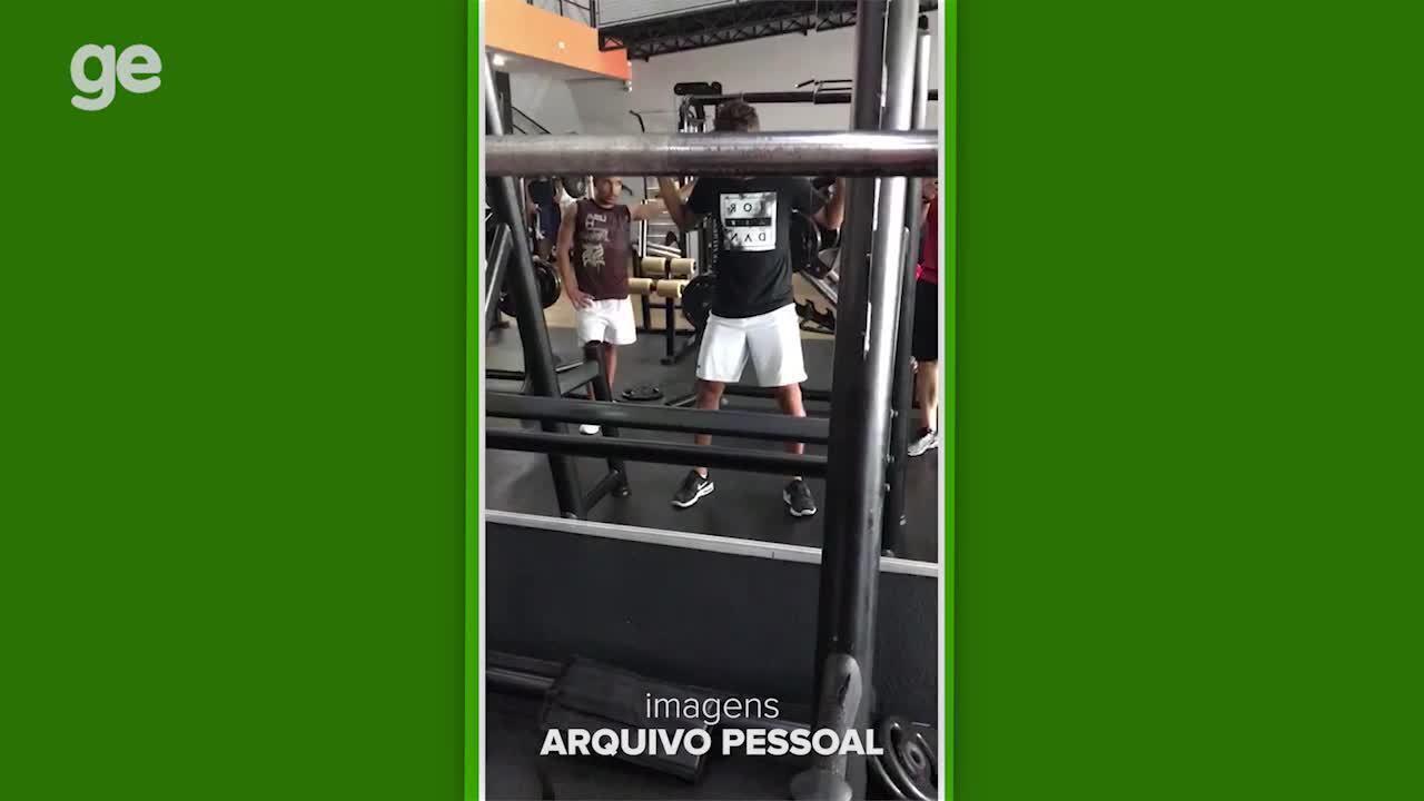 Veja os treinos de Gustavo Scarpa, reforço do Palmeiras, durante as férias