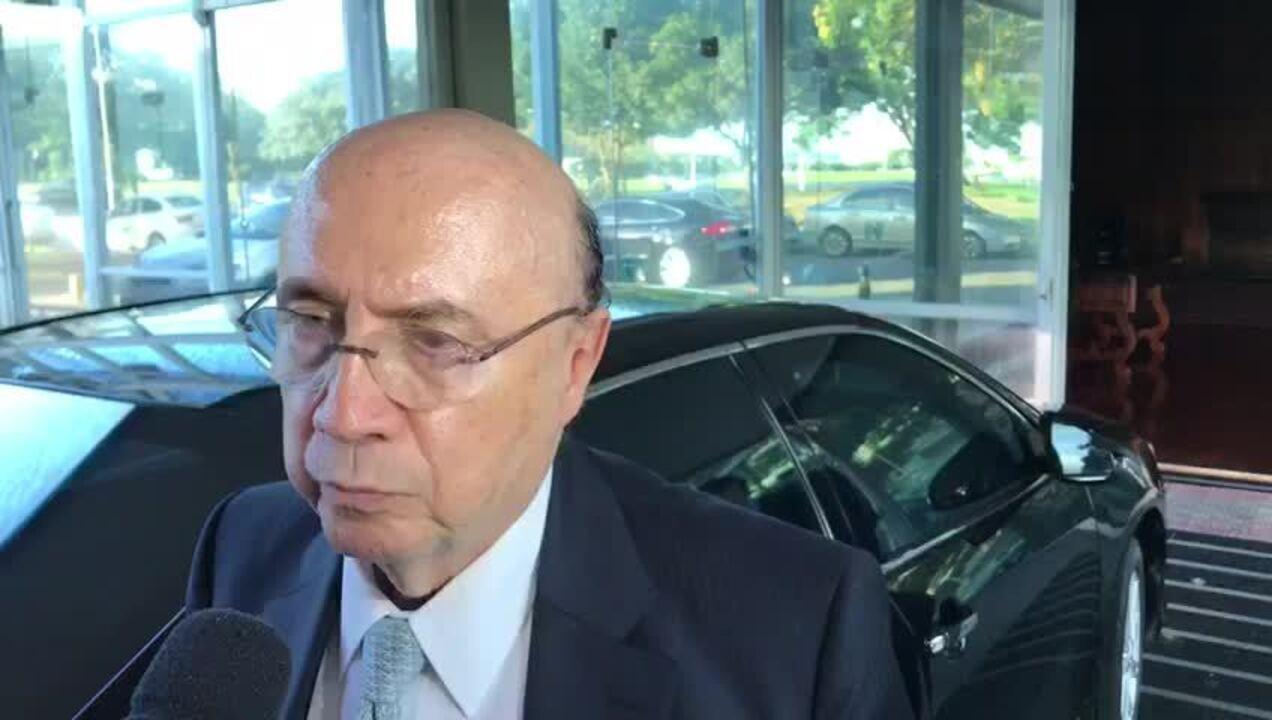 Conselho da Caixa tomar á decisão final sobre vice-presidentes, diz Meirelles