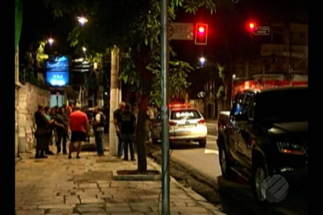 Três criminosos foram mortos pela polícia durante uma troca de tiros no bairro de Nazaré