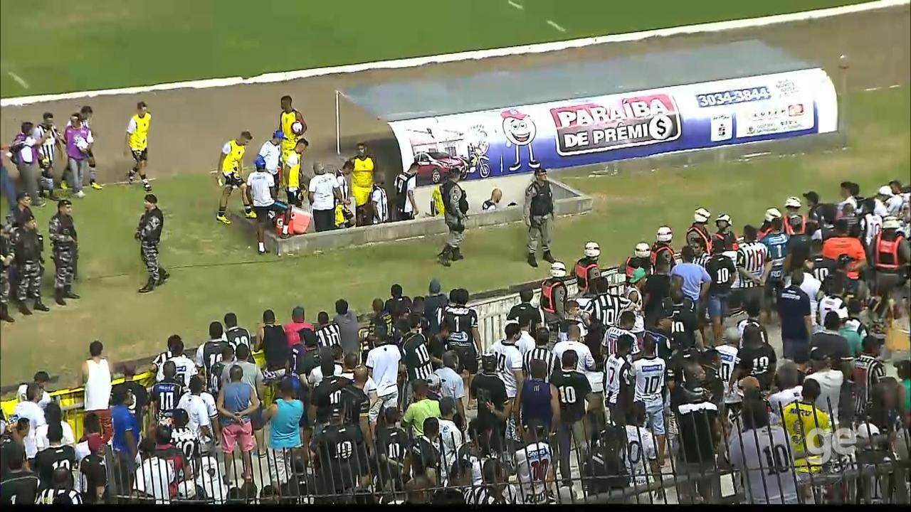 Botafogo-PB sai de campo vaiado após empate com o CSP
