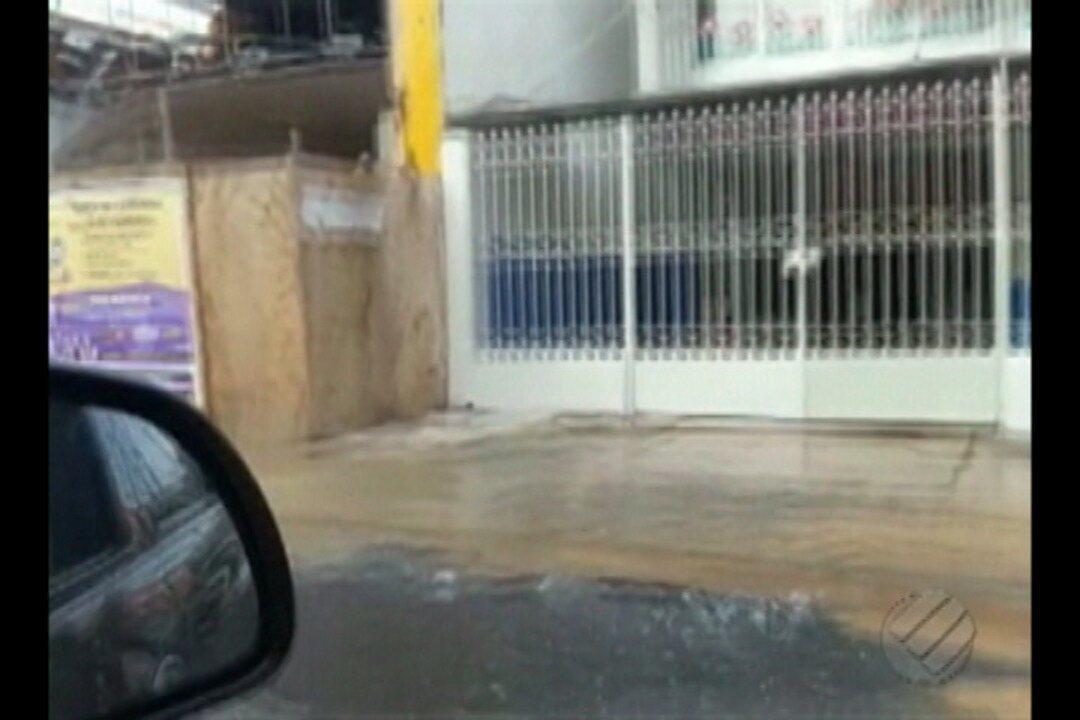 Vazamento provoca suspensão no fornecimento de água em cinco bairros de Belém