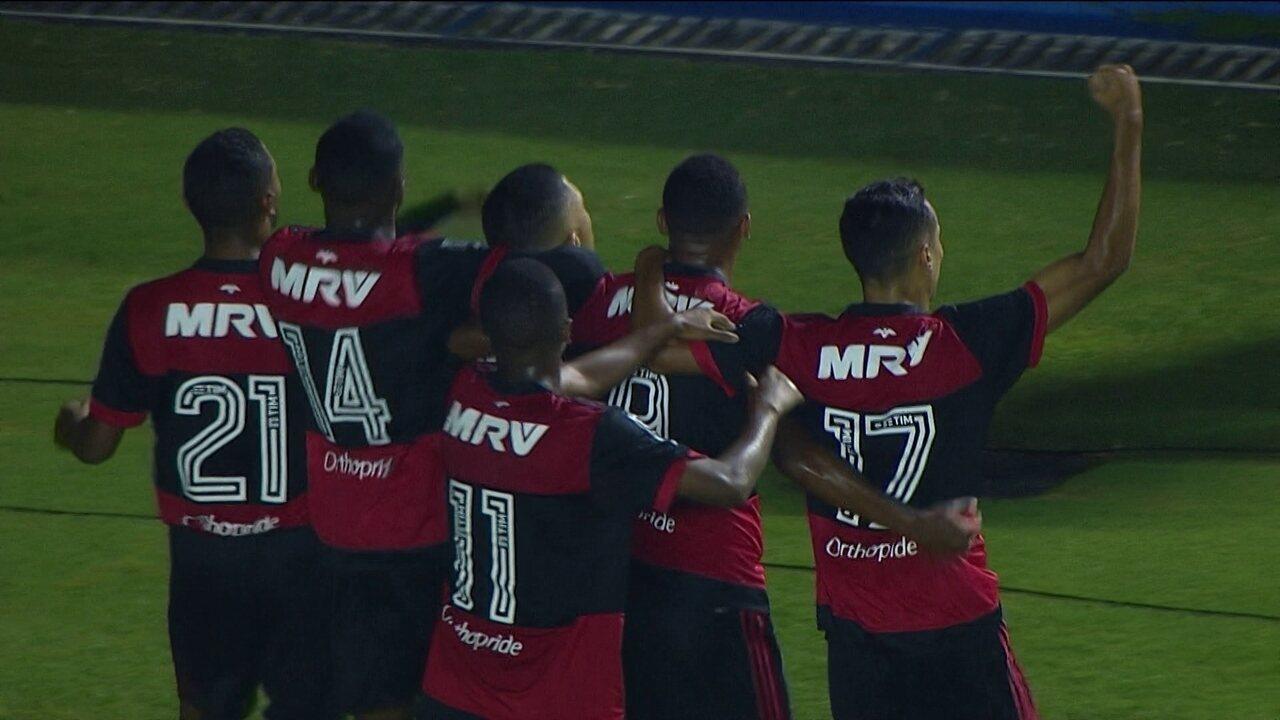 Vítor Gabriel já tinha sido o protagonista de  vitória do Flamengo sobre o Avaí