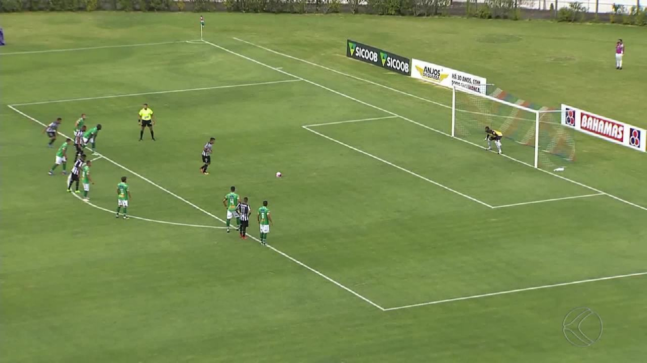 Em jogo com duas viradas, Uberlândia goleia Tupi-MG fora e se recupera no Mineiro