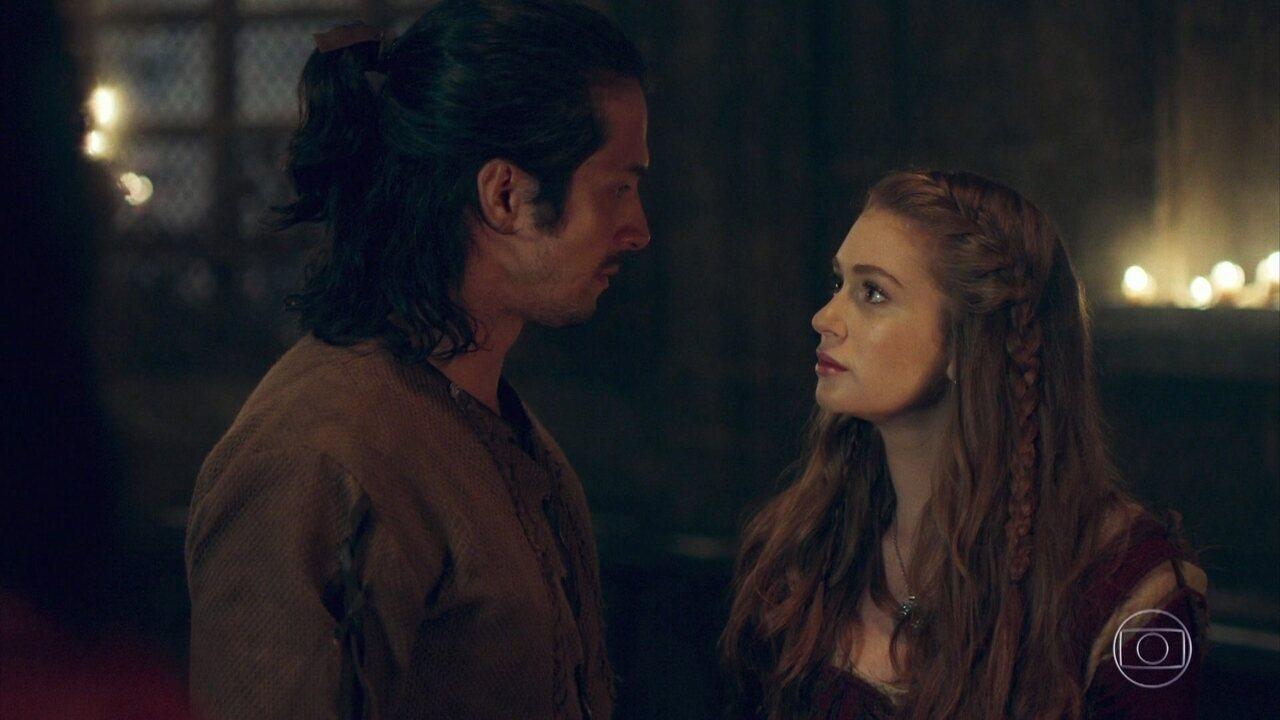 Afonso conta a verdade para Amália