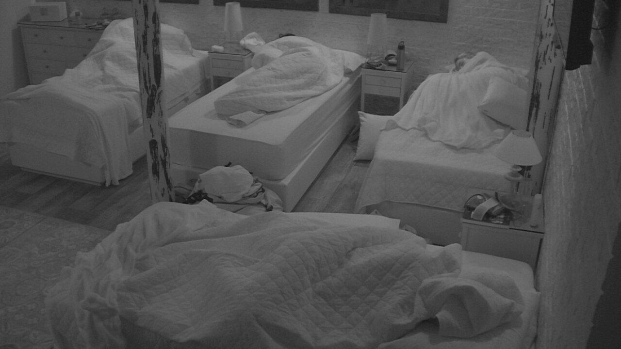 Família Lima dorme após a primeira noite no BBB18