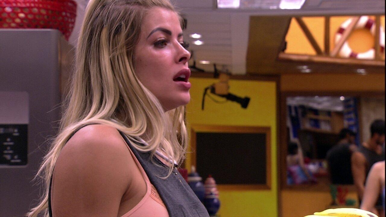 Jaqueline opina: 'A verdadeira mulher brasileira é a morena'