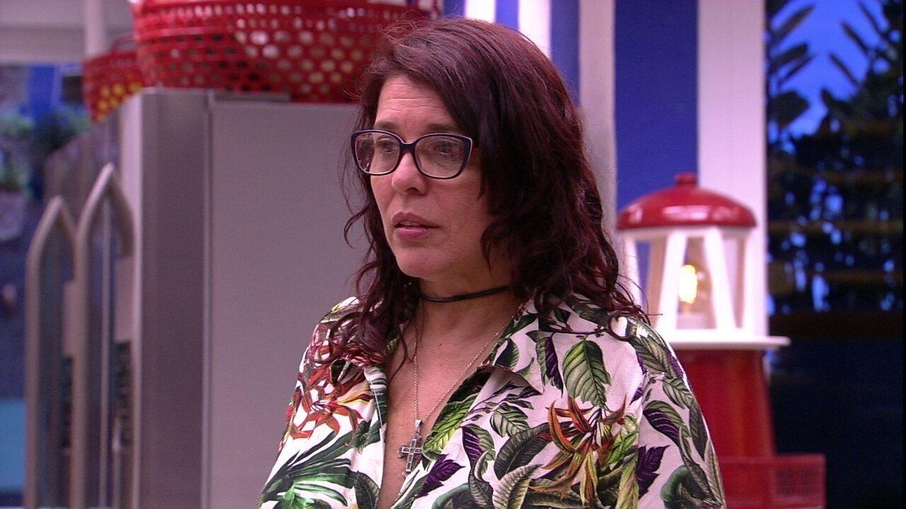 Mara desconfia da família Lima: 'Não tem proximidade'