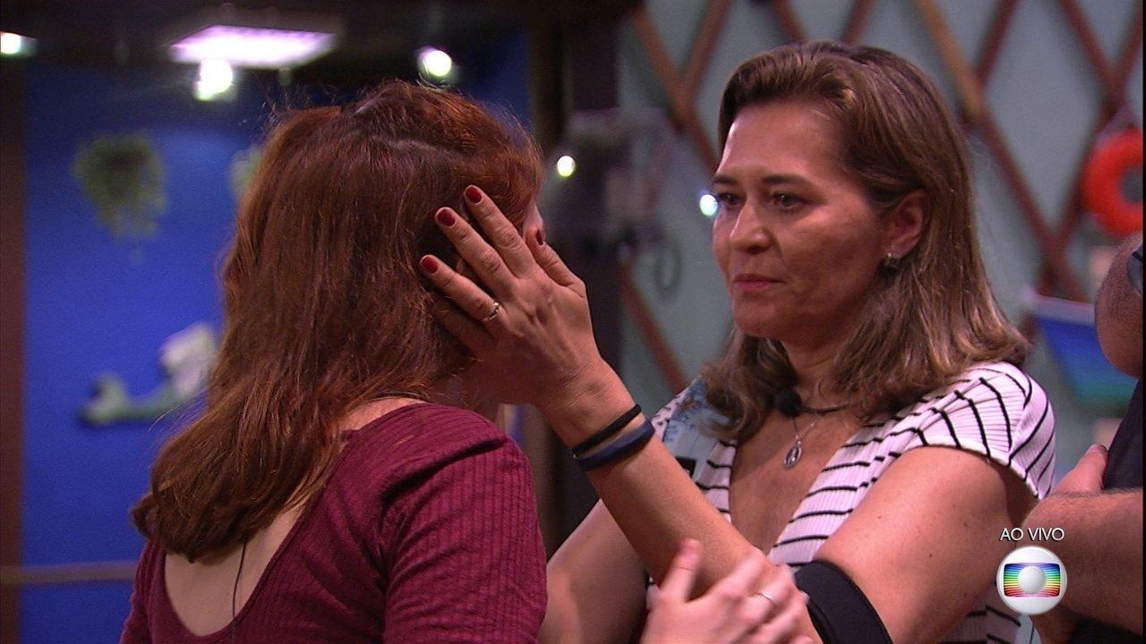 Eva para Ana Clara: 'Cuida do seu pai'